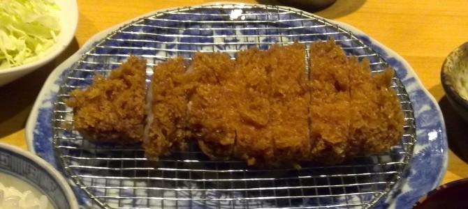 豚組食堂(六本木)/ヒマラヤ岩塩で頂くカツ