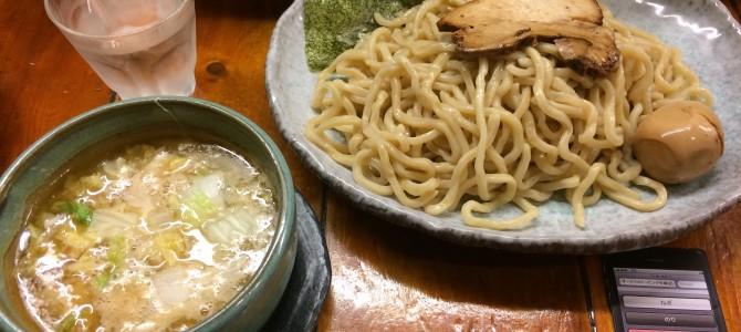 つけ麺 紫匠乃(門前仲町)/小麦が香る極太麺の旨み
